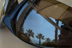 Image-in-a-wing-mirror